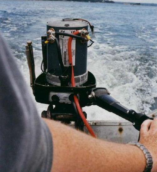 Двигатели для лодок: виды и фото