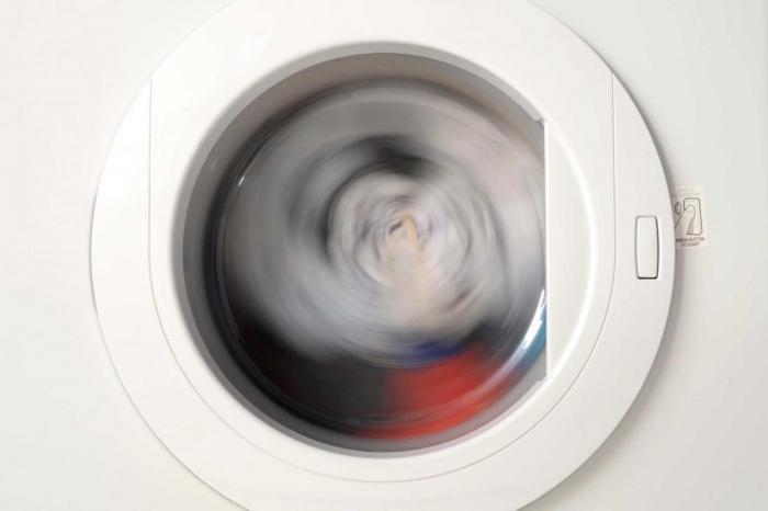 Как погладить свою одежду без утюга?