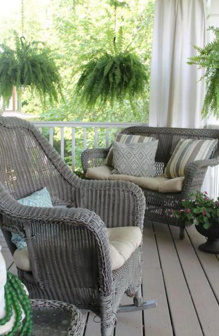 Кресло из искусственного ротанга: преимущества и недостатки. Садовая мебель