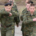 Курс молодого бойца (КМБ), что это такое и кто его проходит?