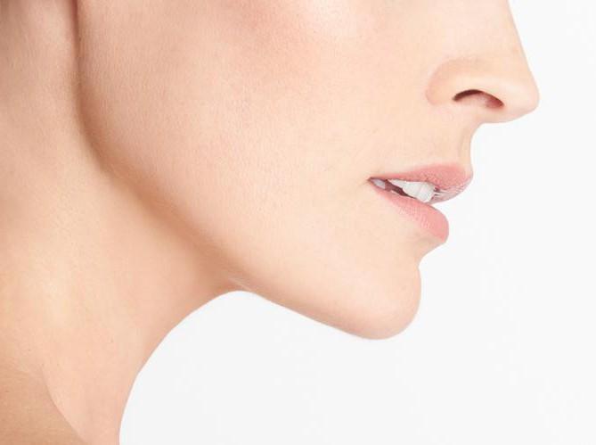 Как лечить коричневые пятна на шее?