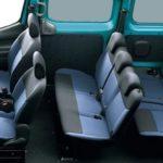 Nissan NV200 - практичный минивэн для большой семьи