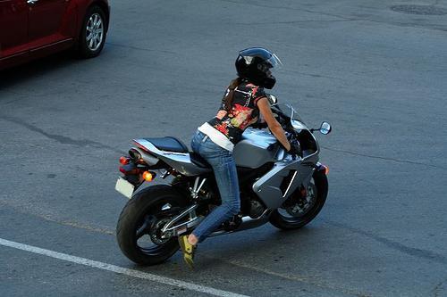 Помогаем подбирать мотоцикл для девушек