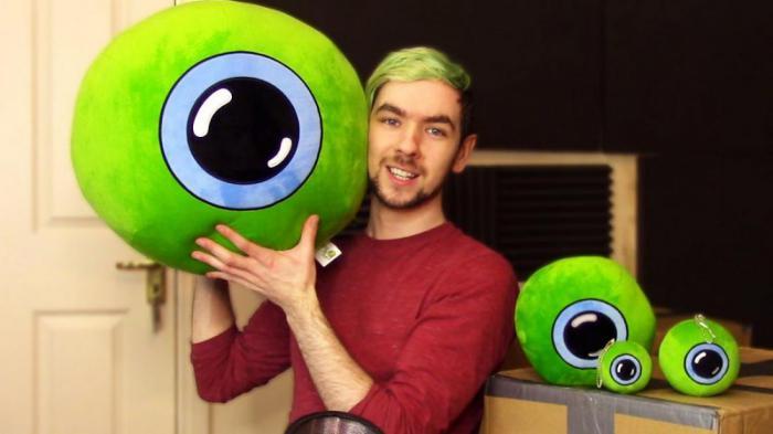18 самых популярных звезд YouTube в мире