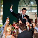 Веселые свадебные поздравления молодоженам с юмором