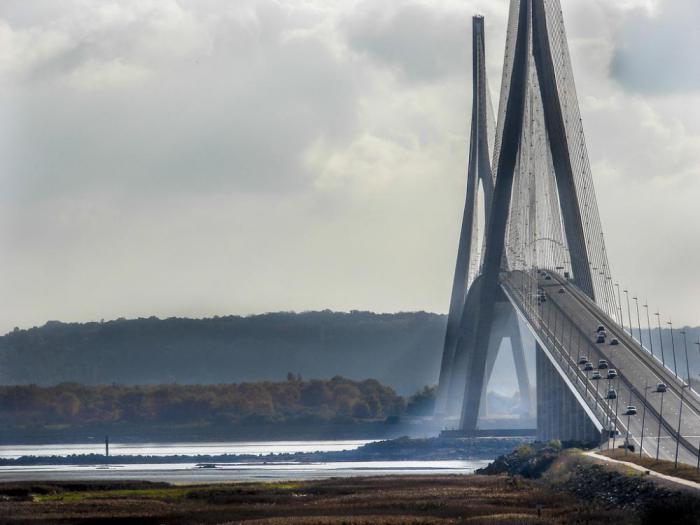 20 самых потрясающих мостов в мире