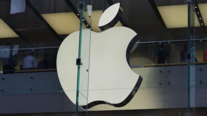К 10-летнему юбилею iPhone компания Apple затевает большой редизайн
