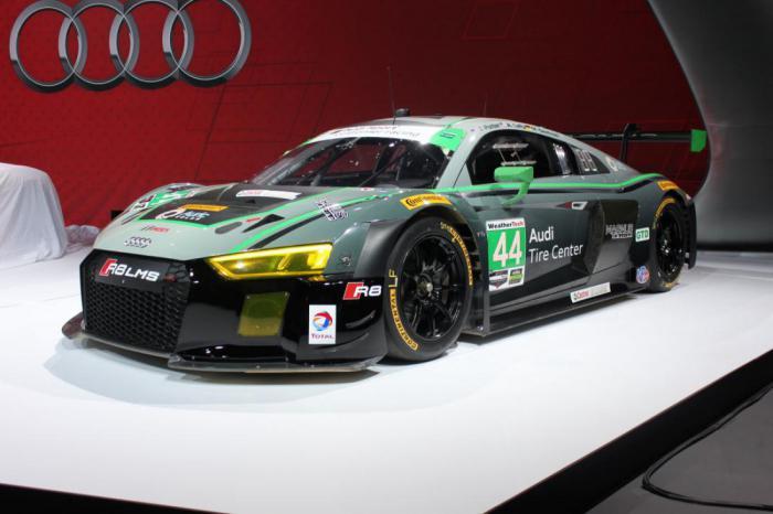 Новый Audi R8 представлен на автосалоне в Нью-Йорке