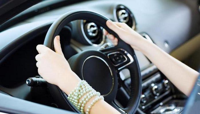 Почему скрипит руль при вращении на легковом автомобиле?