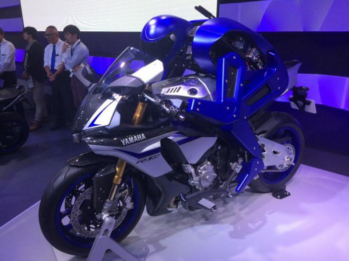 Знакомьтесь: это мотобот - робот-мотоциклист от компании Yamaha