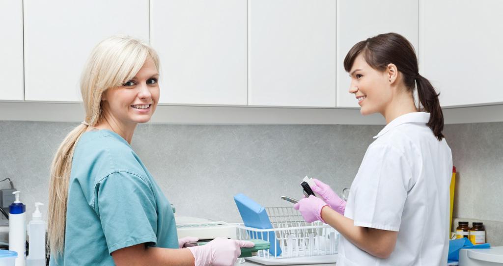 Обязанности ассистента стоматолога