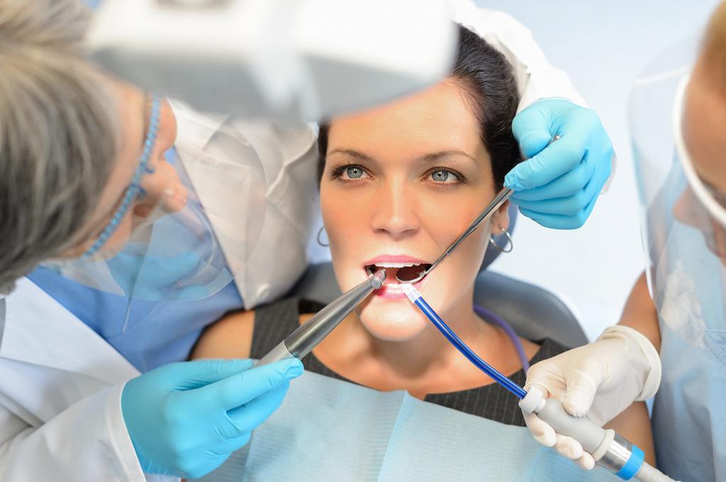 Ассистент стоматолога - работа в 4 руки