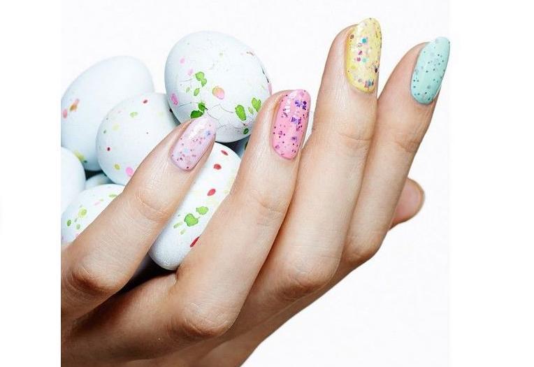 как декорировать ногти камифубиками