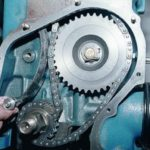 Как натягивать цепь на ВАЗ-2106: краткое руководство