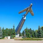 Памятники летчикам. Помним о них