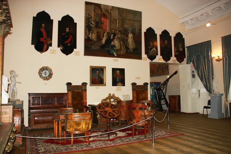 Мебель из усадьбы