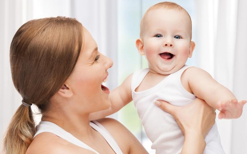 Колики у малыша 1 месяц как помочь