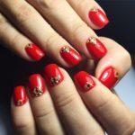 Красивый ярко-красный маникюр: идеи оформления, дизайн и фото