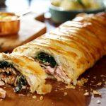 Пирог с лососем: рецепт приготовления с фото, ингредиенты, калорийность и секреты выпечки