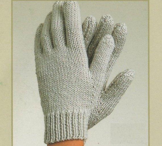 описание большой палец на варежке спицами