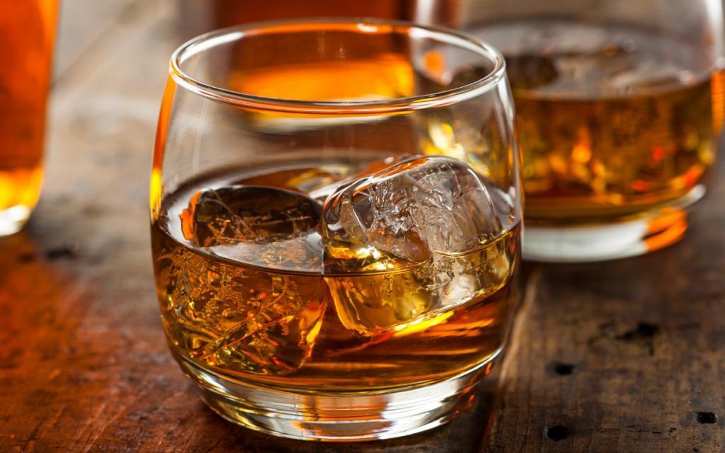 Российское виски в бокале