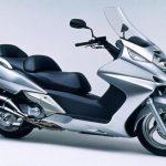 Скутер Honda Silver Wing 600