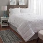 Гипоаллергенное одеяло: особенности выбора, наполнители, достоинства и недостатки
