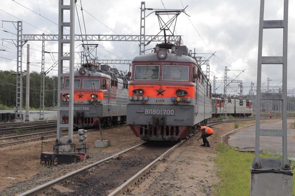 Обслуживание транзитных поездов