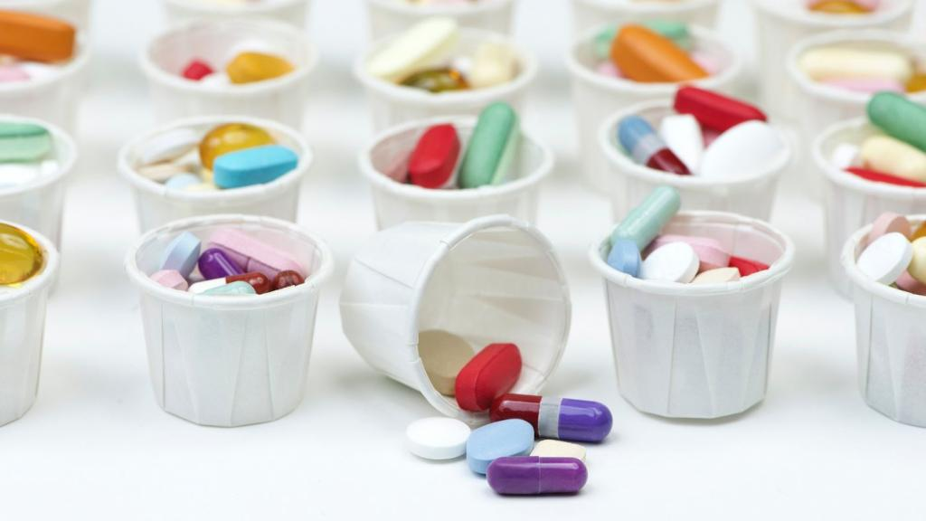 Стаканчик с таблетками