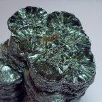 Камень серафинит (клинохлор): описание, магические свойства, кому подходит по гороскопу