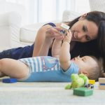 Ведущая деятельность в младенческом возрасте: виды, описание