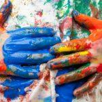 Как отстирать акриловую краску с одежды: виды ткани, подручные средства, использование бытовой химии...