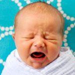 Ребенок плохо какает: причины нарушения стула и методы лечения