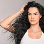 Венесуэльская актриса и певица Скарлет Ортис