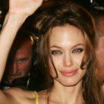 Знаменитые актрисы с челками: фото брюнеток и блондинок
