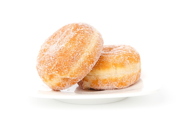 Ароматные пышки с сахарной пудрой
