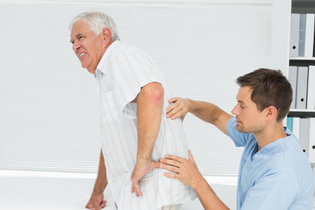 Боль в спине слева под ребрами сзади