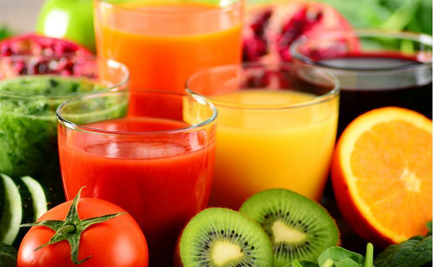 в соке содержатся необходимые организму витамины
