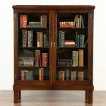 Стандартные размеры книжного шкафа