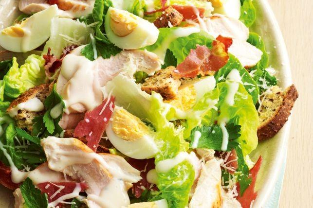 рецепт салата с отварной куриной грудкой
