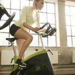Польза велотренажера для женщин, техника тренировок и отзывы