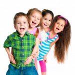 Чикос, ниньос и мучачос - это слова для обозначения детей