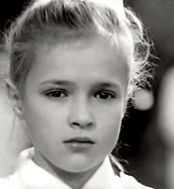 Ирина Волкова в детстве