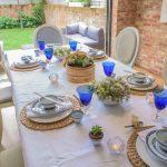 Сервировка - это праздничное украшение стола и блюд: особенности и правила