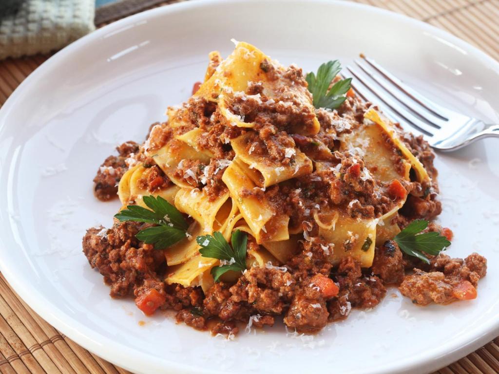 Итальянский соус болоньезе