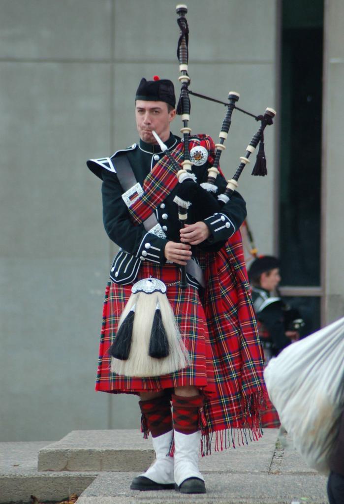 Шотландские национальные головные уборы