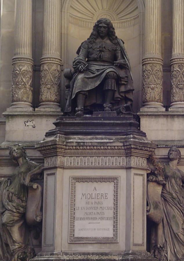 Статуя Мольера в Париже
