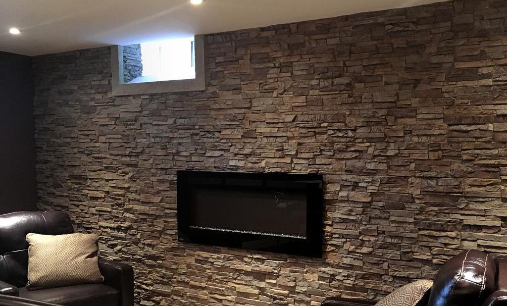 отделка стен под камень
