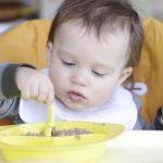 Развитие детей в 1 год и 4 месяца: физическое, эмоциональное и интеллектуальное