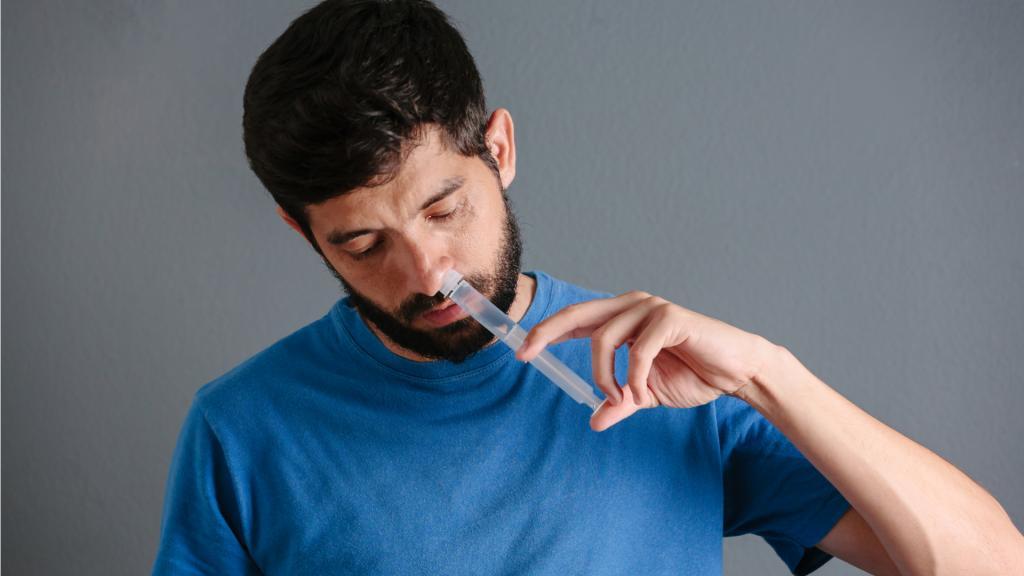 промыть нос фурацилином при гайморите